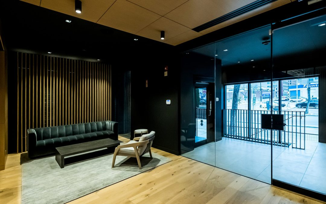 RAM Stratus – The New Standard in Commercial Lowrise Lifts